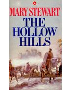 The Hollow Hills - Stewart, Mary