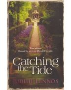 Catching the Tide - LENNOX, JUDITH