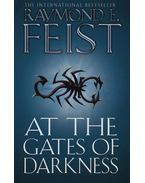 At the Gates of Darkness - The Demonwar Saga Book Two - Raymond E. Feist