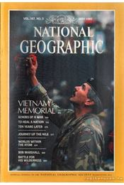 National Geographic 1985 May - Garrett, Wilbur E. - Régikönyvek