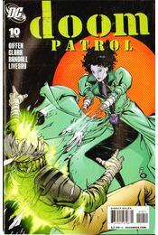 Doom Patrol 10. - Giffen, Keith, Clark, Matthew, Randall, Ron - Régikönyvek