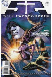 52 Week Twenty-Seven - Giffen, Keith, Shawn Moll, Morrison, Grant, Greg Rucka - Régikönyvek