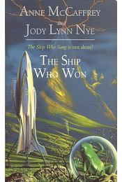 The Ship Who Won - McCAFFREY, ANNE - NYE, JODY LYNN - Régikönyvek