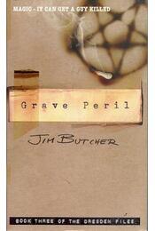 Grave Peril - Jim Butcher - Régikönyvek