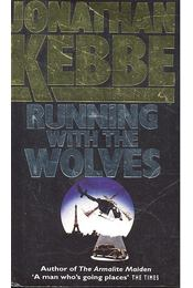Running with the Wolves - KEBBE, JONATHAN - Régikönyvek